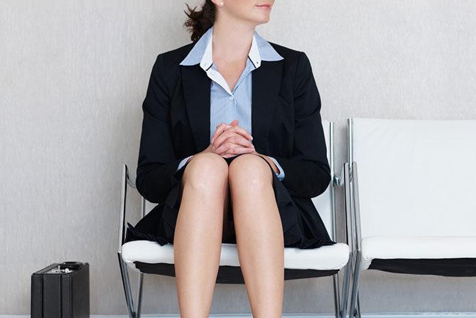 Jak wybrać strój do pracy - spódnica