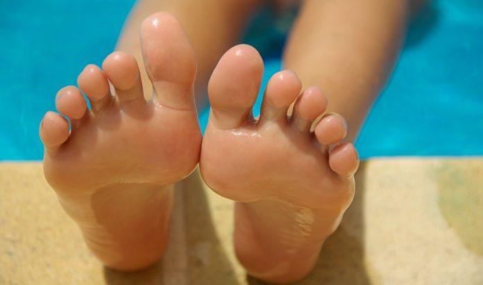 odciski na stopach