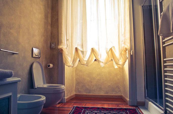Wybór szafki oraz dodatków do łazienki