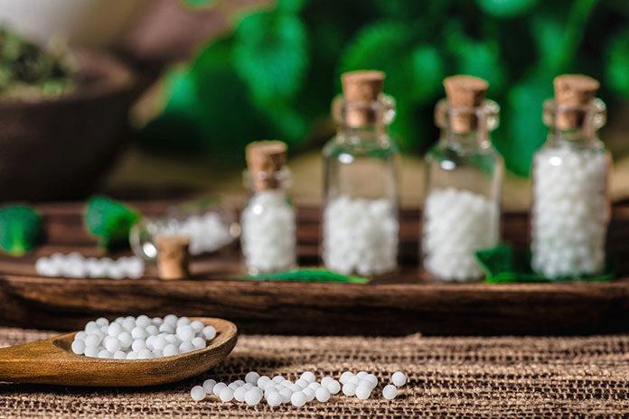 Jakie objawy menopauzy może złagodzić homeopatia?